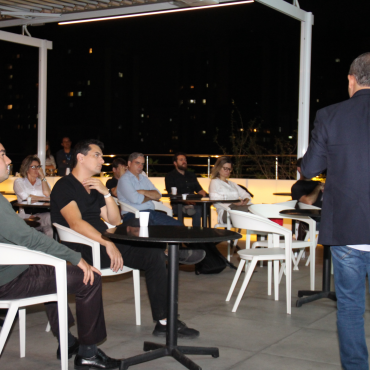 Diversificando o Investimento no Varejo por meio de Startups